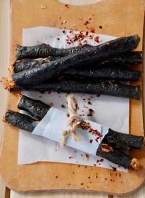 Nori Pepperoni Sticks