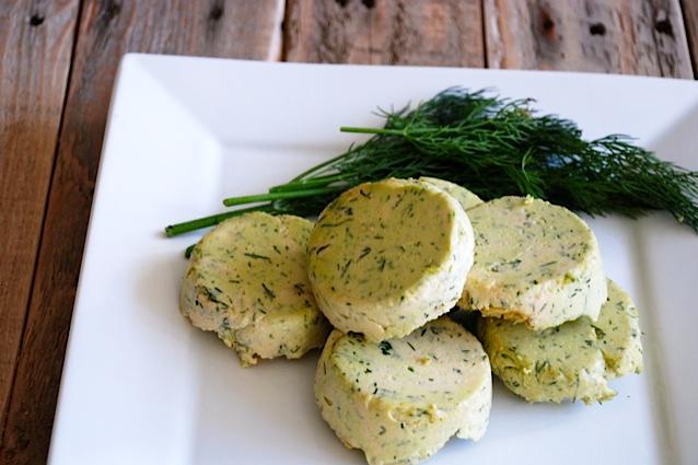Vegan-Cashew-Dill-Cheese