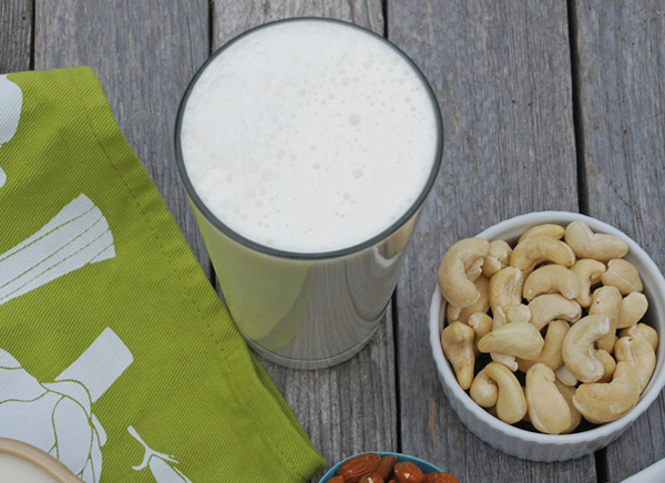 Vanilla-Cashew-Milk